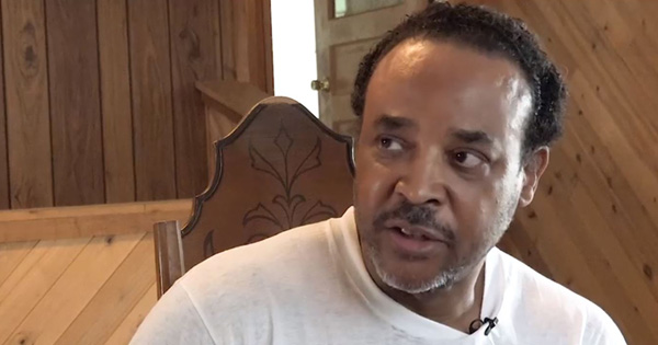 Karle Robinson, Black man who was handcuffed while moving into his new home