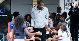 Kevin Durant giving back to local children