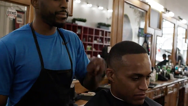 Man with HIV wins lawsuit against barbershop