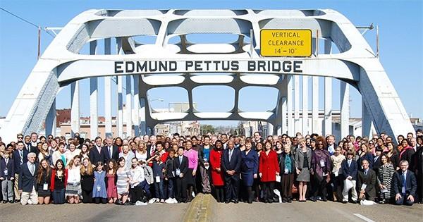 Selma Bridge crossing